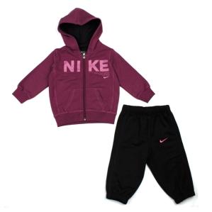 Детски спортен комплект Nike за момиче