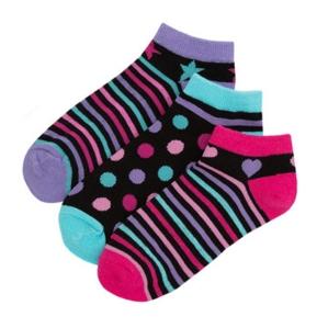 Чорапи на райе и точици . Цената е за 3 бр.